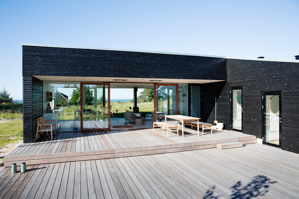 16 Glorious Modern Deck Designs Your Patio Must Have on Backyard Deck Designs id=11865