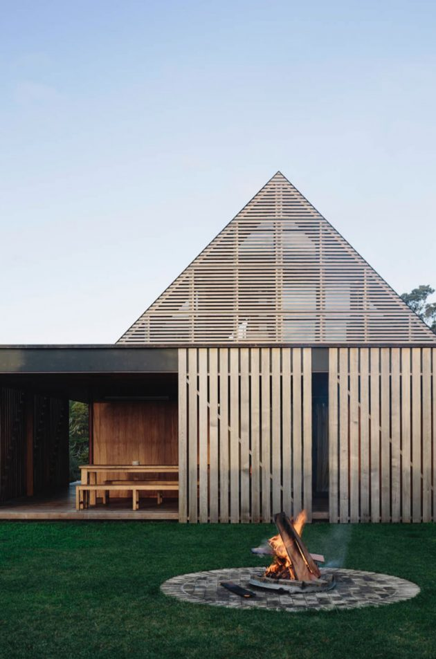 Forest House by Fearon Hay Architects in Auckland, New Zealand