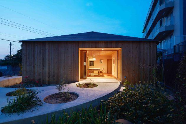 House in Mukainada by FujiwaraMuro Architects in Hiroshima, Japan
