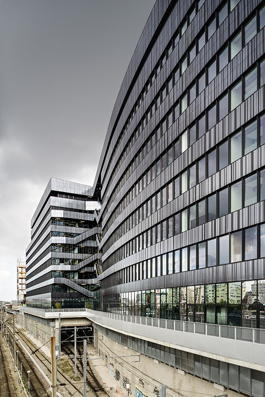 Lot o7   Contemporary Offices in the Batignolles district of Paris, France
