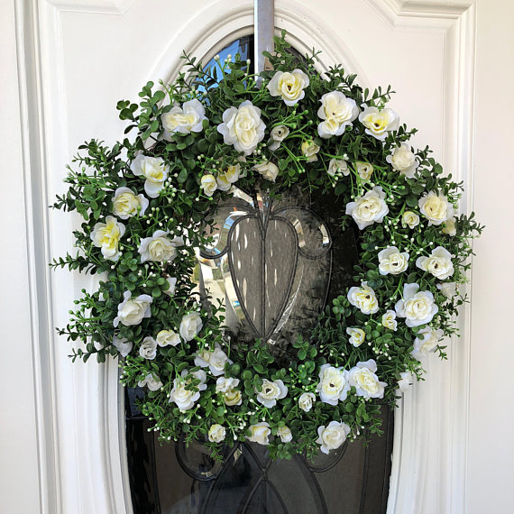 17 Creative Handmade Spring Wreath Designs That Will Refresh Your Front Door