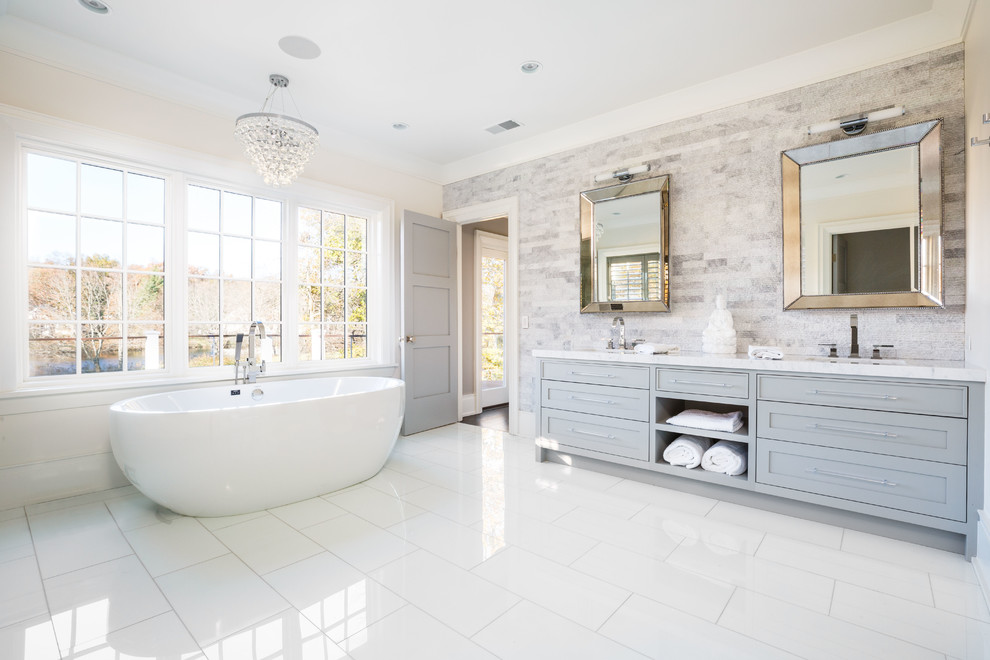 17 Sublime Transitional Bathroom Designs You Will Love