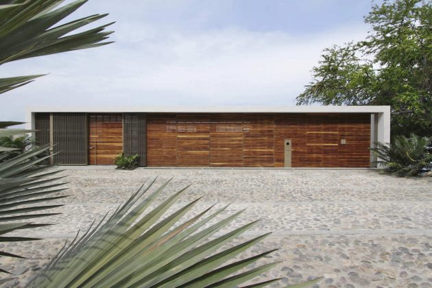 Casa Almare by Elias Rizo Arquitectos in Jalisco, Mexico