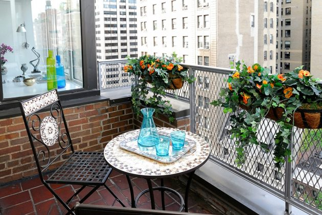 17 Captivating Small Balcony Designs For Utmost Relaxation