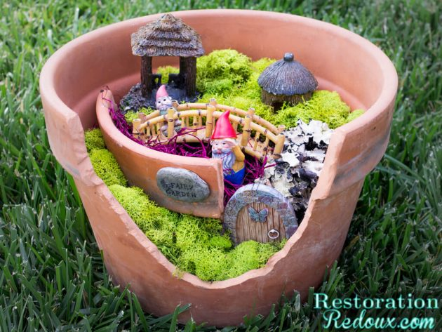 18 Extravagant Handmade Garden Decorations You Should Try This Spring