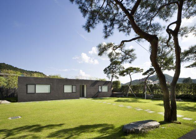 Floating House by Hyunjoon Yoo Architects in Gyeonggi, South Korea