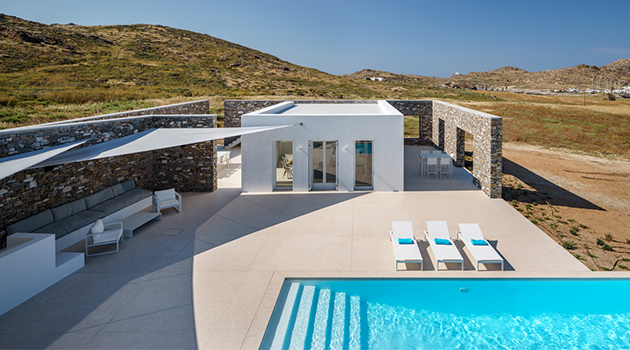 Hug House by React Architects On The Greek Island of Paros