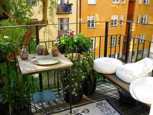 19 Most Appealing Small Balcony Designs That Everyone Will Love