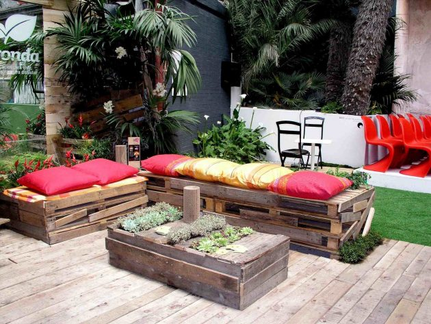 19 Lavish Ideas To Make Functional Pallet Furniture For Your Garden