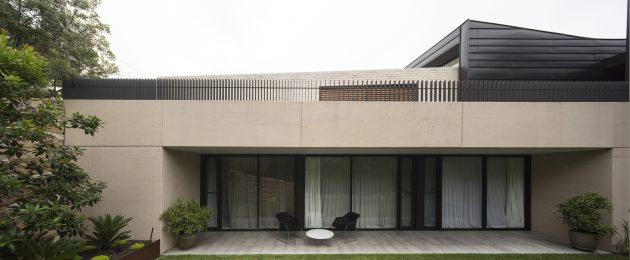Balmoral House by Fox Johnston Architects in Sydney, Australia
