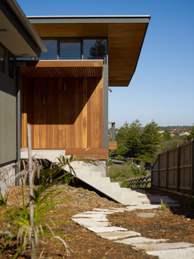 Mona Vale House by Choi Ropiha in Sydney, Australia