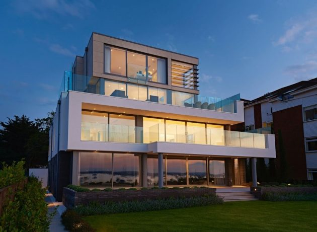 Moondance Panorama Road by David James Architects in Dorset, England