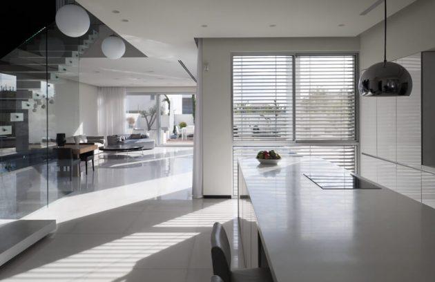 Savyon House D by Dan & Hila Israelevitz Architects in Israel