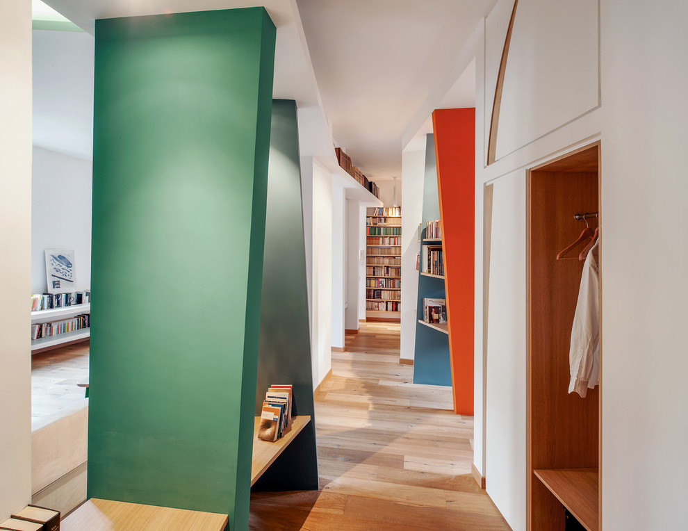 16 Superb Contemporary Hallway Designs That Will Connect Your Home in Style