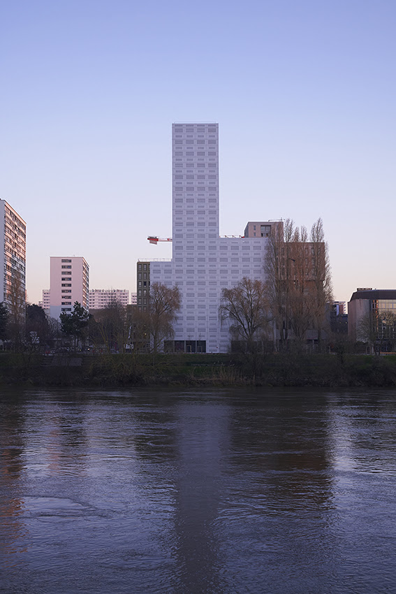 360° View Tower by LAN Architecture in Nantes, France