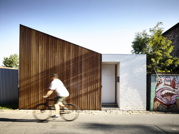 Datum House by Rob Kennon Architects in Melbourne, Australia