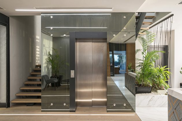 Dynamic, Prestigious, Comfortable: Akyapi Office in Istanbul, Turkey
