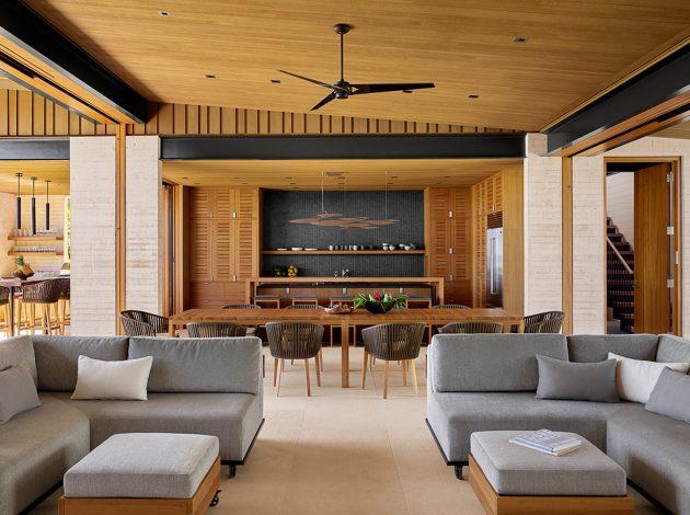 Hale Nukumoi Beach House by Walker Warner Architects in Hawaii