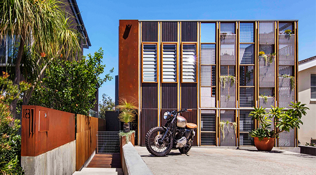 Living Screen House by CplusC Architectural Workshop in North Bondi, Australia