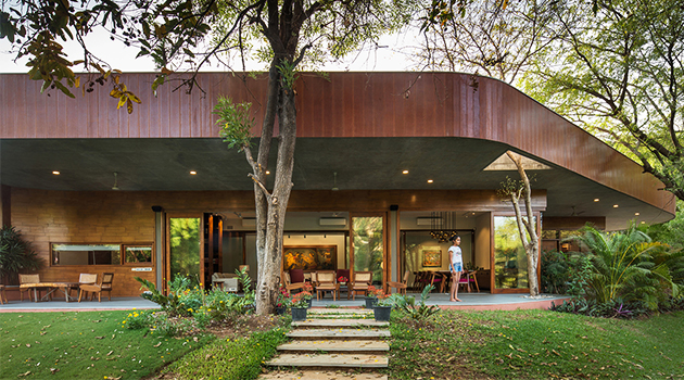 Verandah House by Modo Design in Western India