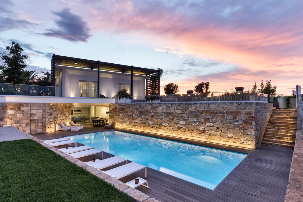 20 Sublime Contemporary Swimming Pool Designs You'll Want To Dip In
