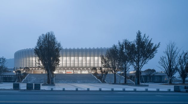 Landscape temperament – Balance and integration: Lin'an Sports and Culture Center