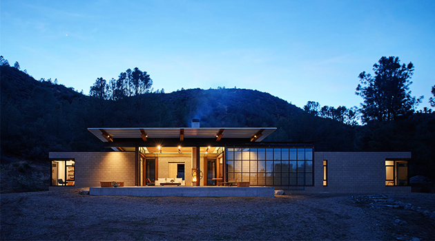 Sawmill Retreat by Olson Kundig Architects in Tehachapi, California