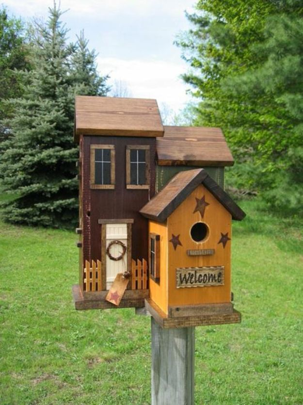 15 Charming DIY Bird House Ideas For Your Backyard