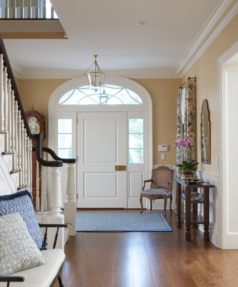15 Outstanding Traditional Entry Hall Designs You Need To See