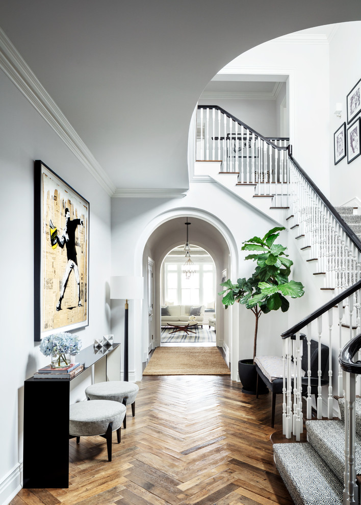Classic Living Room Design: 16 Beautiful Traditional Hallway Designs You Should Explore