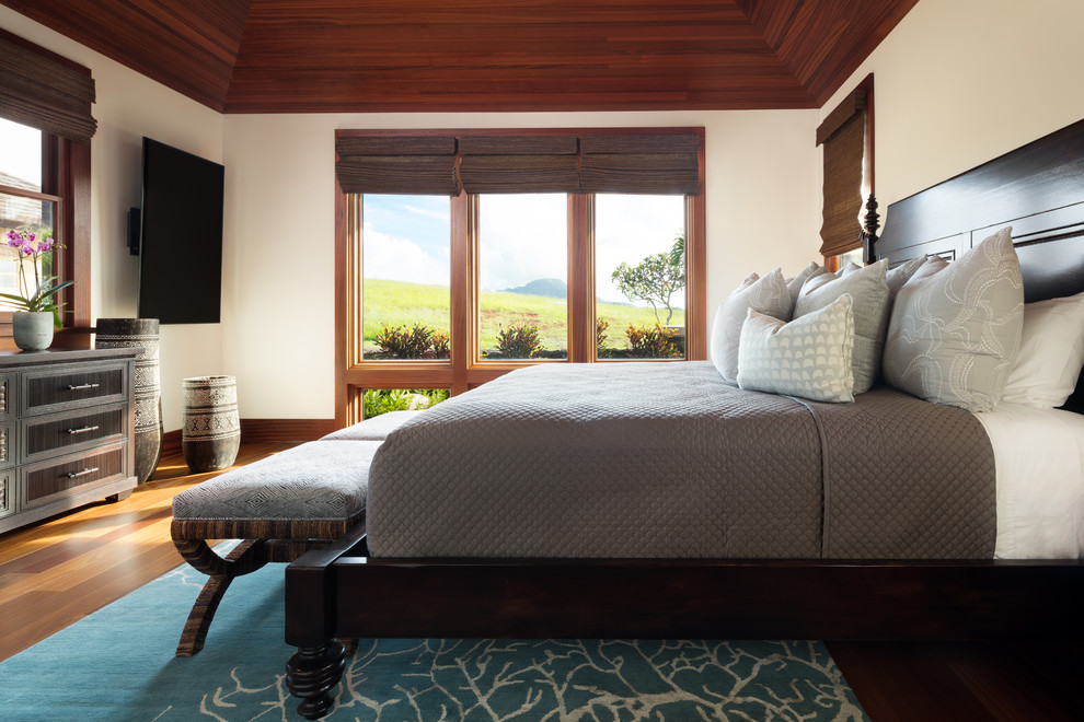 18 Tranquilizing Tropical Bedroom Designs You'll Fall In Love With
