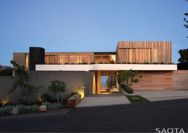 Beachyhead Residence by SAOTA in Plettenberg Bay, South Africa