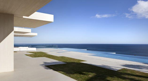 Sardinera House by Ramon Esteve in Valencia, Spain