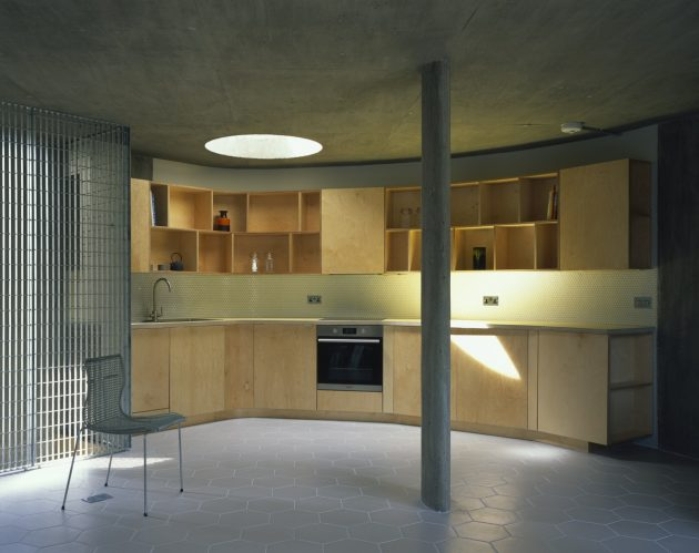 VEX House by Chance de Silva Architects in London, UK