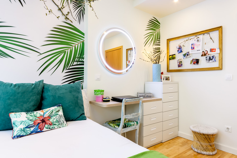 15 Vibrant Tropical Kids Room Interior Designs For Your Summer Getaway Home