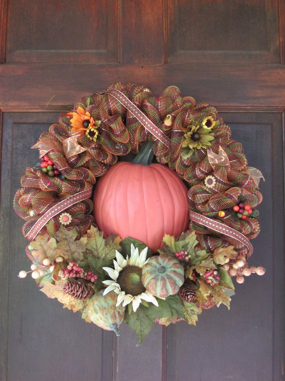 16 Charming Handmade Fall Wreath Designs For Your Front Door