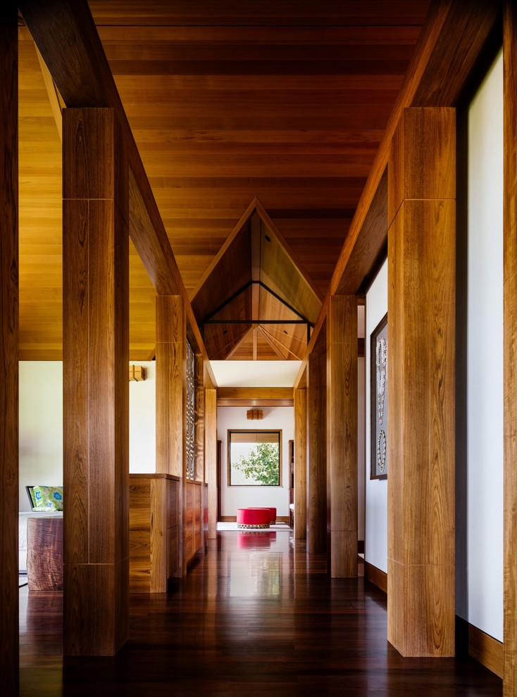 17 Remarkable Tropical Hallway Designs Your Interior Lacks