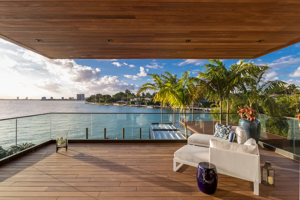 20 Captivating Tropical Balcony Designs With Striking Views