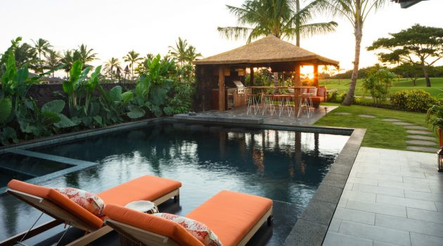 20 Mesmerizing Tropical Swimming Pool Designs That Will Take Your Breath Away
