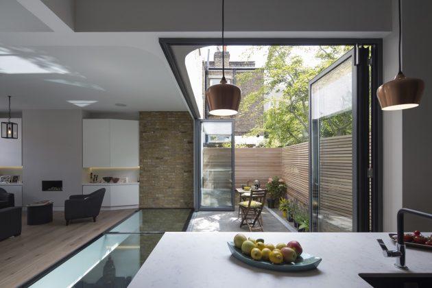 Brackenbury House by Neil Dusheiko Architects in London, UK