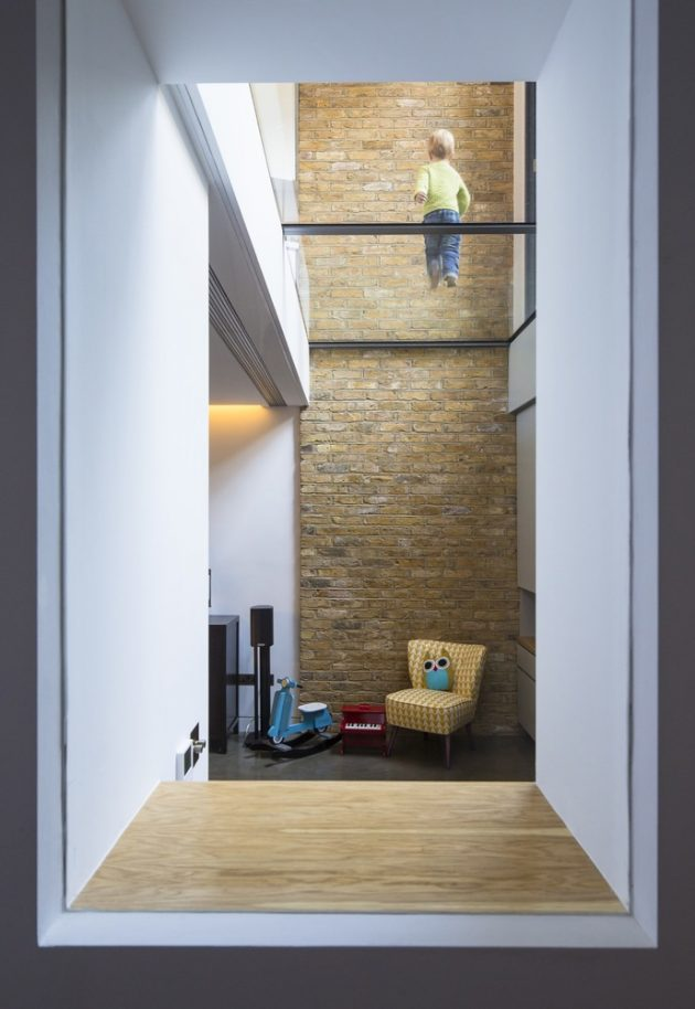 Brackenbury House by Neil Dusheiko Architects in London, UK