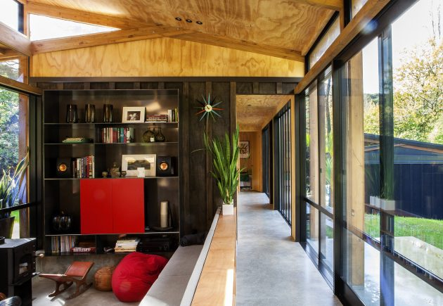 Easterbrook House by Dorrington Atcheson Architects in Auckland, New Zealand