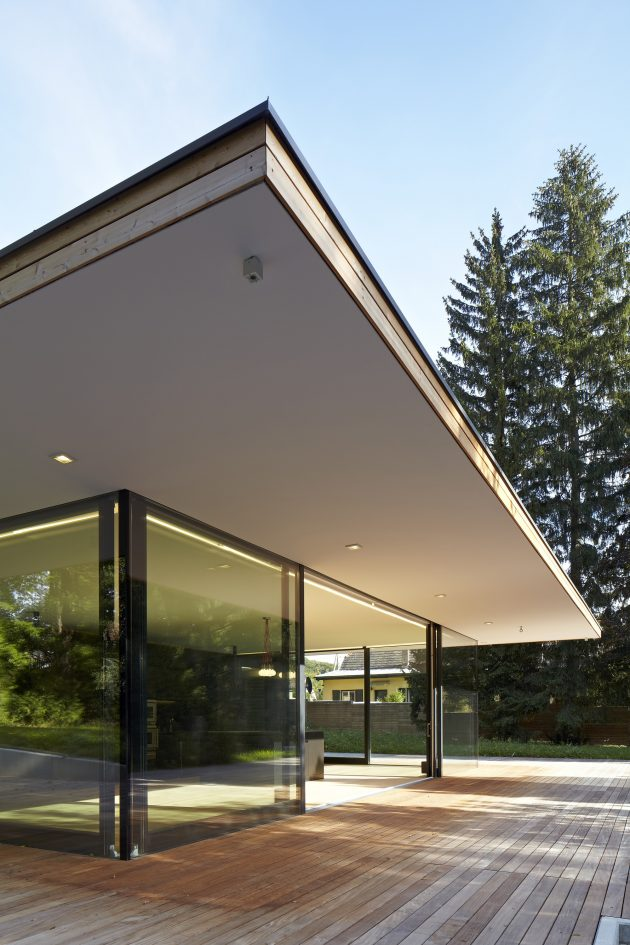 Haus Hainbach by MOOSMANN in Vienna, Austria