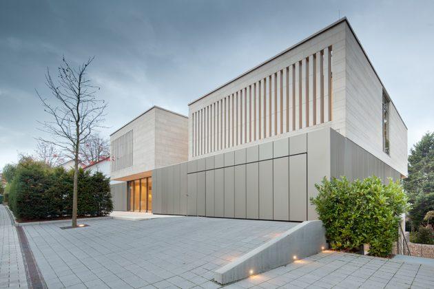 House P+G by Architekten Wannenmacher+ Möller GmbH in Weinheim, Germany