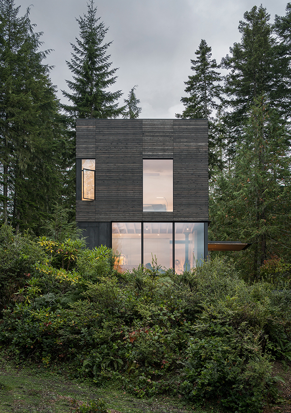 Little House by MW Works Architecture + Design in Seabeck, Washington