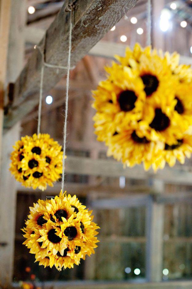 15 Crazy DIY Fall Decor Ideas Anyone Can Make In A Heartbeat