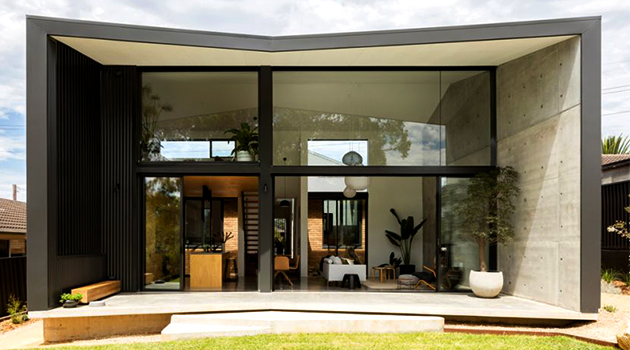 Binary House by Christopher Polly Architect in Sydney, Australia