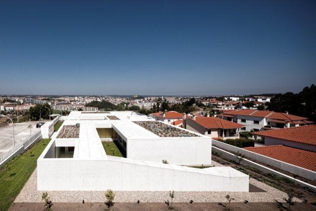 House in Leiria by ARX Portugal in Leiria, Portugal