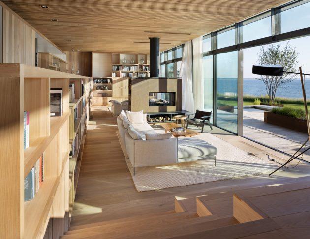 Peconic House by Studio Mapos in Hampton Bays, New York