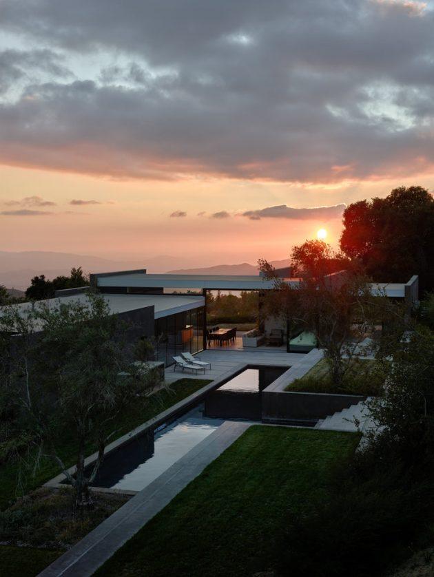 Wild Lilac Residence by Walker Workshop in San Bernardino, California